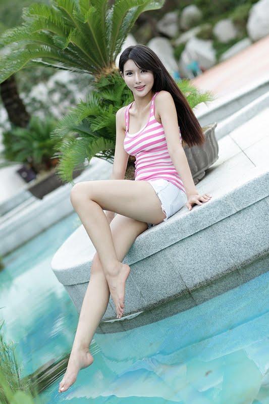 Cha Sun Hwa White And Pink Zinglovefashion