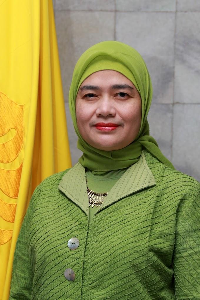 Prof. Melda Kamil Ariadno Jabat Dekan FHUI