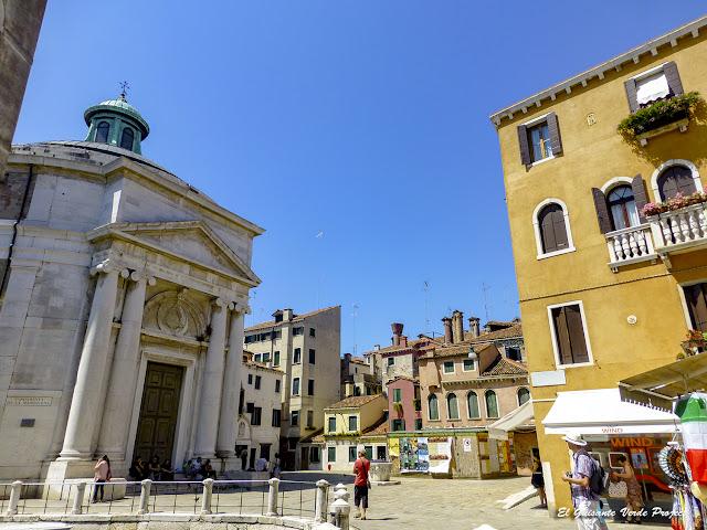 Plaza de la Maddalnea - Cannaregio, Venecia por El Guisante Verde Project