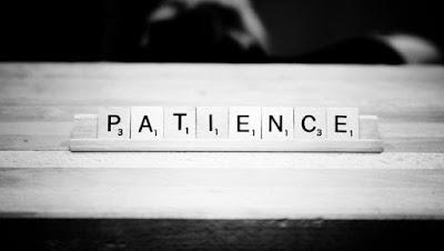 °Satu kalimat menyakitkan, °Satu kejadian menyedihkan, °Satu kegagalan menghacurkan, °Satu penolakan diatas kegagalan, Kesemuanya adalah akar kekecewaan..  Kita tak sedang bermain dengan perasaan, namun mengapa 'kecewa' selalu hadir diantara banyaknya persoalan.  Bagaimana melepaskan 'kecewa' adalah tentang bagaimana kita melepaskan diri dari belenggu kekuatan pikiran diiringi rasa keikhlasan.  Dalam hidup hanya butuh kesadaran bahwa tak semua Hal dapat sesuai dengan pemikiran kita termasuk cara mengatur sesama yang jelas-jelas berbeda..  Semakin kita menyadari semakin pula kita dekat dengan KESABARAN...  Semoga bermanfaat, untuk kita semua.  -Pendidikan Karakter-  Sahabat yang hebat silahkan bergabung di website blog ini juga Praktek Berpikir Positif semoga kita bisa berlajar, berlatih dan berjuang untuk meraih nikmatnya hidup positif.