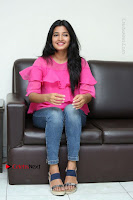 Telugu Actress Deepthi Shetty Stills in Tight Jeans at Sriramudinta Srikrishnudanta Interview .COM 0134.JPG