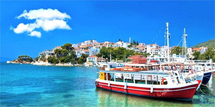 Barche nel porto di Skopelos - Grecia