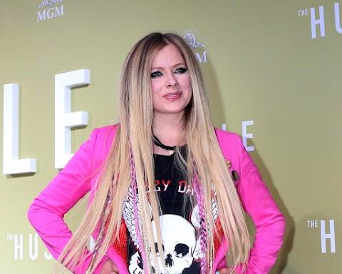 Todo lo que necesitas saber sobre Avril Lavigne