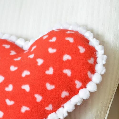 Easy DIY Fleece Valentine Heart Pillow