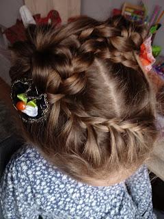 rogi-z-włosów-warkocze