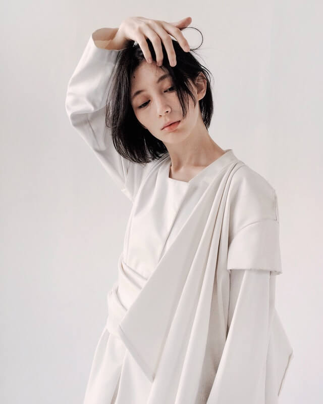 Woman in White Long Sleeved Dress HD Copyright Free Image