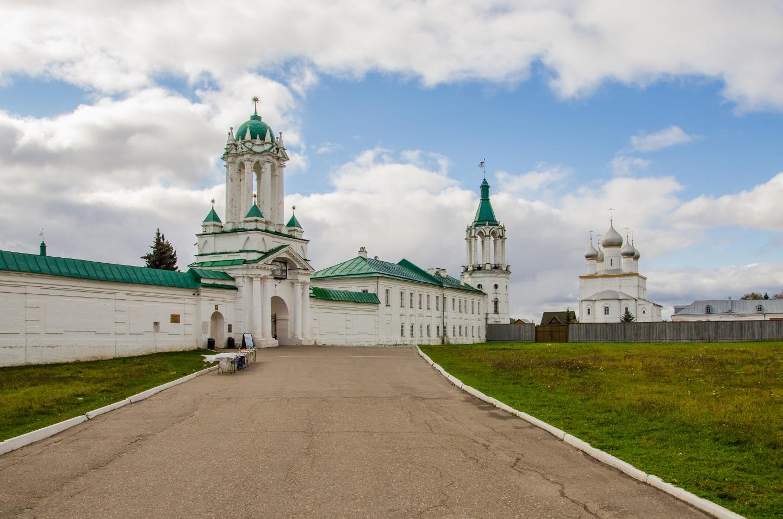 Спасо-Яковлевский монастырь. Фотография