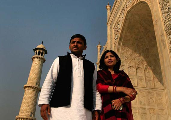 Indian Politician Akhilesh Yadav Wife Dimple Yadav