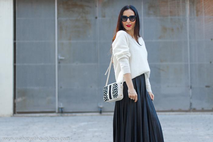 30fee9477 Streetstyle: Cómo combinar una falda plisada midi | With Or Without ...