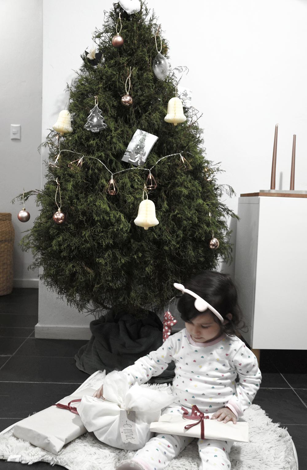 minimal christmas three