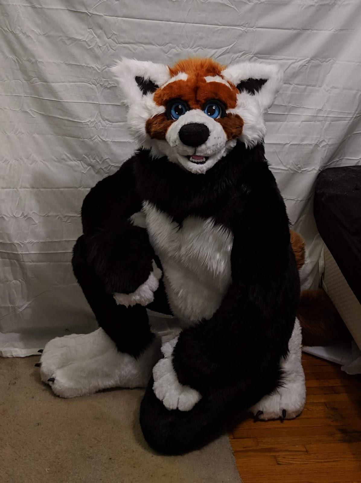 Fursuit Panda katie the pink panda: my first fursuit