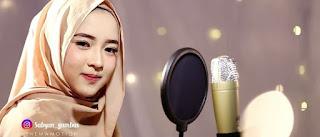 www.biliklagu.tk | Lirik lagu dan kunci gitar yahabibal qolbi