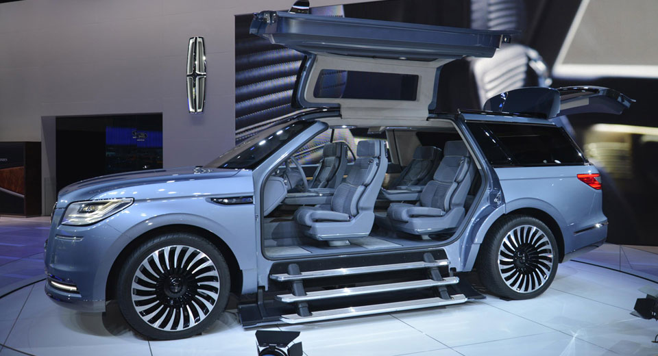 Lincoln Shows The Way Forward With Navigator Concept