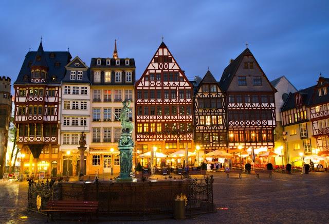 ما هي طريقة تقديم طلب لجوء و الحصول على تاشيرة سفر و وظيفة الى المانيا من الانترنيت