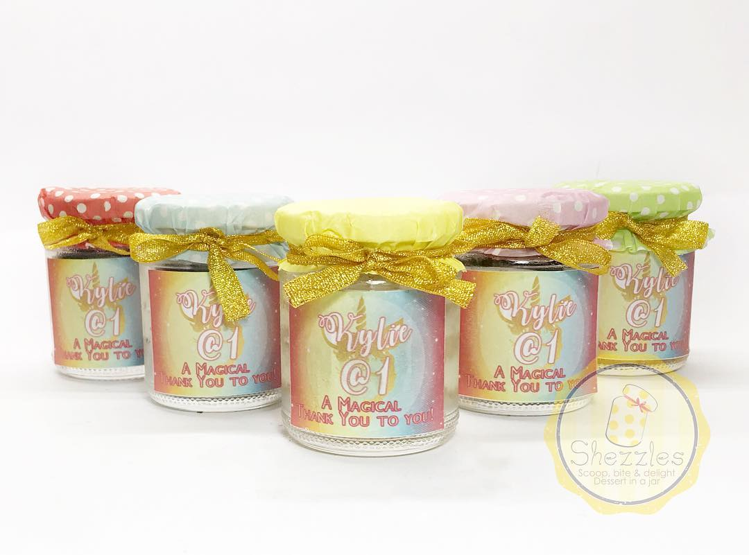 Wondrous Shezzles Cakes And Pastries Unicorn Themed Cake In A Jar Funny Birthday Cards Online Fluifree Goldxyz