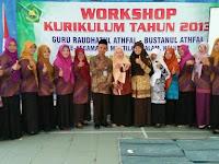 Tim Raudhatul Athfal Ar Raihan Latih 100 RA Kabupaten Magelang Terapkan Kurikulum 2013