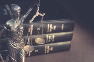 للتحميل كتب فى القانون المدنى وقانون العمل