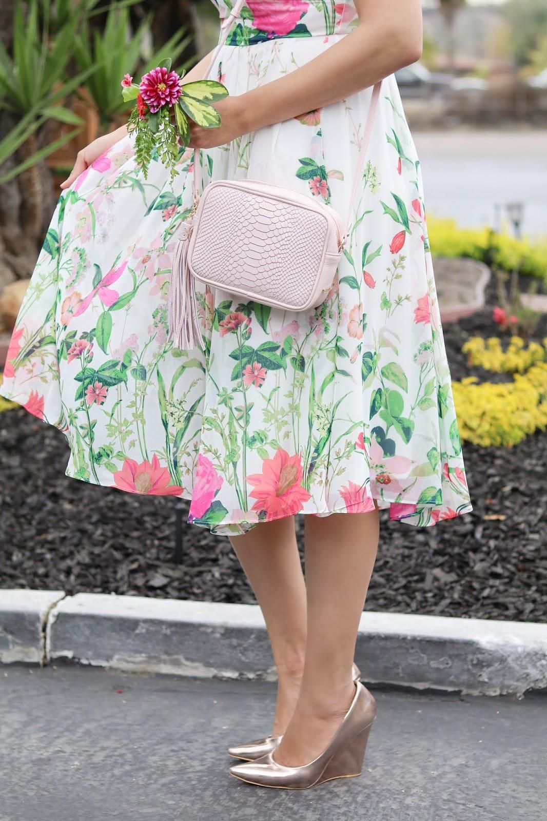 gigi new your blush colored crossbody bag, gigi new york monogrammed purse