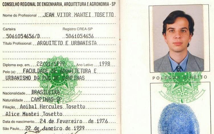 Detalhe de carteira de identidade profissional.