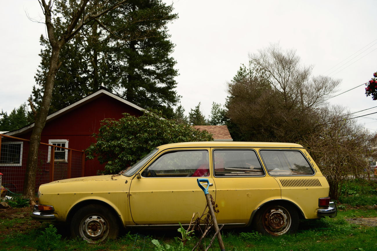 parked cars  volkswagen  estate