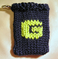 Knitted G, monogram G, gift card holder