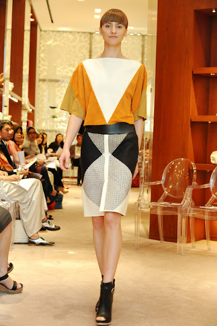 More images From Hermes SS12 Press Preview!