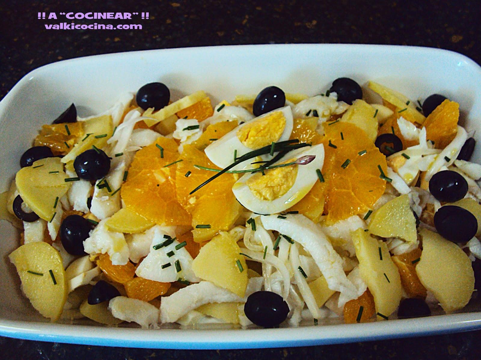 ensalada de bacalao, patata y naranja