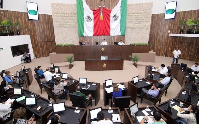 Destacan disminución del rezago educativo en Yucatán
