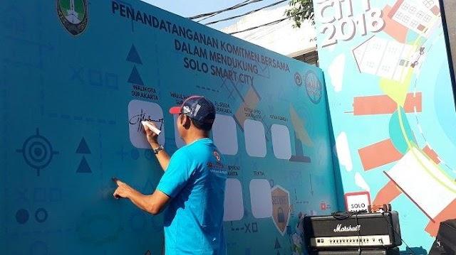 Wali Kota Solo FX Hadi Rudyatmo Perkenalkan Solo Destination Versi IOS untuk Dukung Solo Smart City