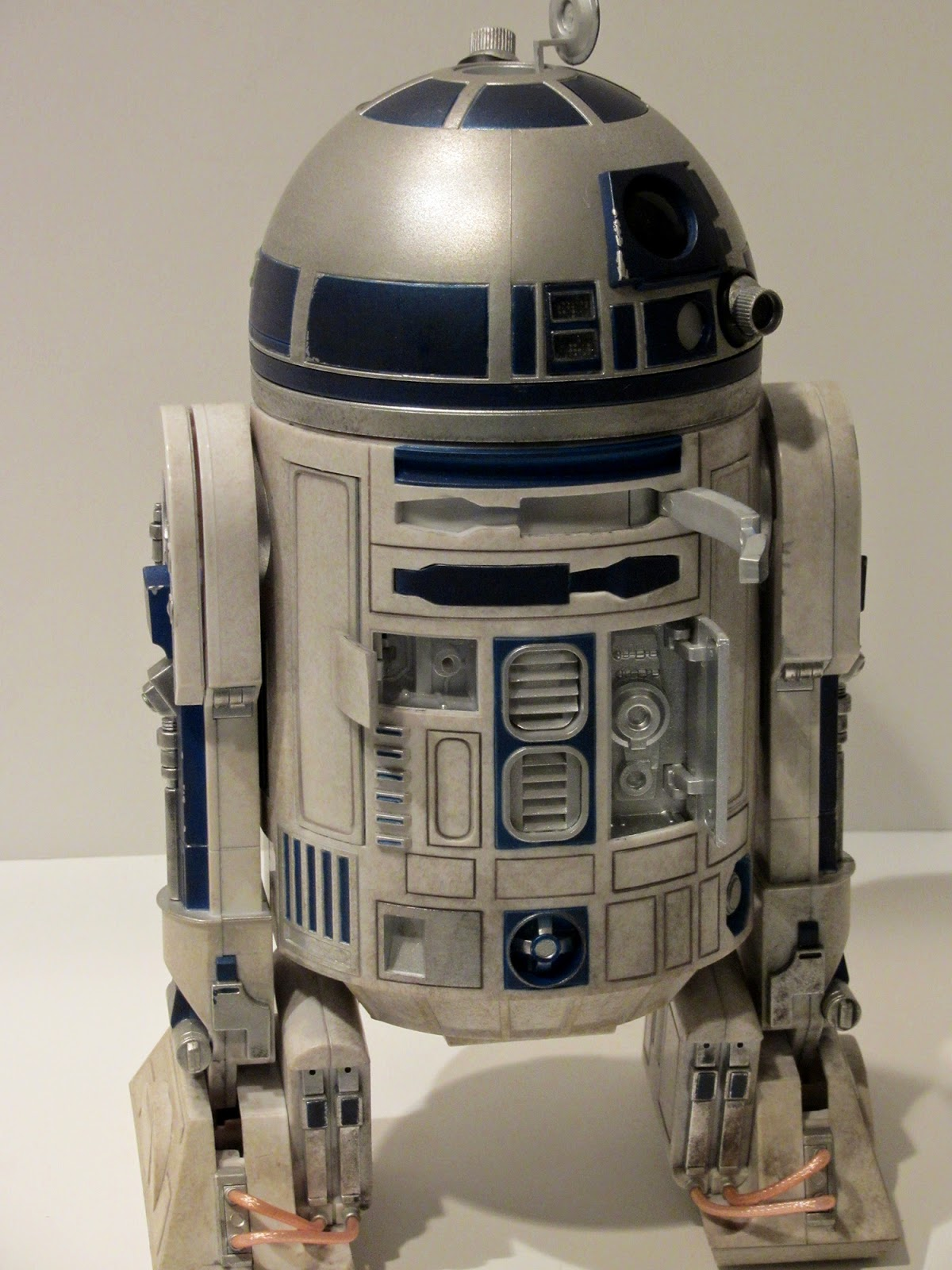 Geek With Curves Review R2 D2 Sixth Scale Figure By