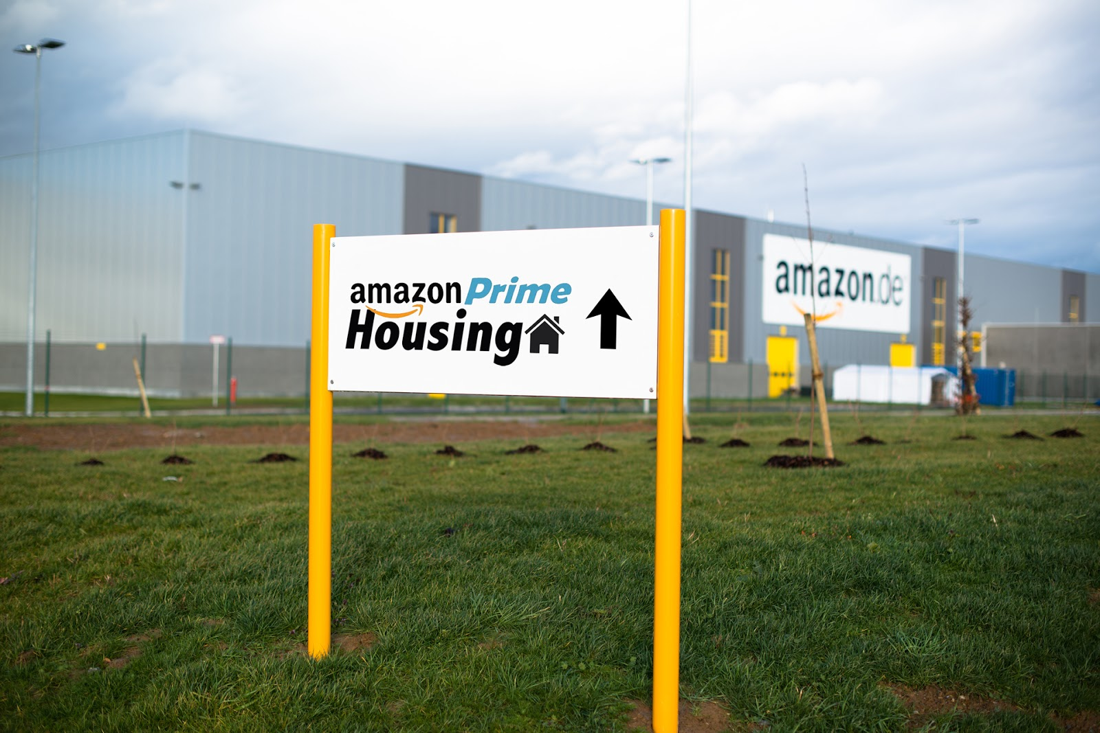Amazon Miniküche Der Postillon Quotprime Housing Quot Neuer Amazon Service