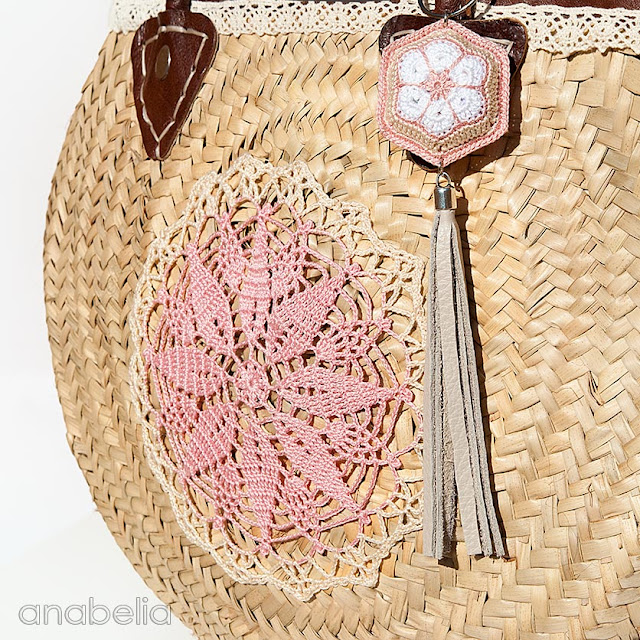 Vintage-chic crochet summer bag by Anabelia Craft Design