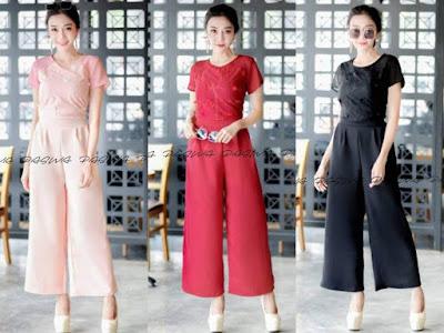 Dresses Fashion ร้านเสื้อผ้าสไตล์เกาหลี ที่มีแบบให้เลือกมากมายหลาหลายสไตล์ ให้สาวไได้เลือกกันอย่างจุใจโดยไม่มีคำว่าเบื่อกันเลยทีเดียว ขายส่งเสื้อผ้าราคาถูก ส่งตรงจากโรงงาน พร้อมส่งทุกวัน จัดส่งทุกวัน ร้านเปิด 08.00-19.00น. โทร. 095-6754981 โกดังสินค้า 054-010410 Line id:@dresses วันนี้เรารวบรวมสไตล์ของแฟชั่นที่ฮิตได้ไม่เลิก ฮิตได้ตลอดเวลา ไม่มีคำว่าตกเทรนด์ มาดูกันเลยว่าเรามีสไตล์ไหนกันบ้างที่เราแอบฮิต มาดูกันเลย