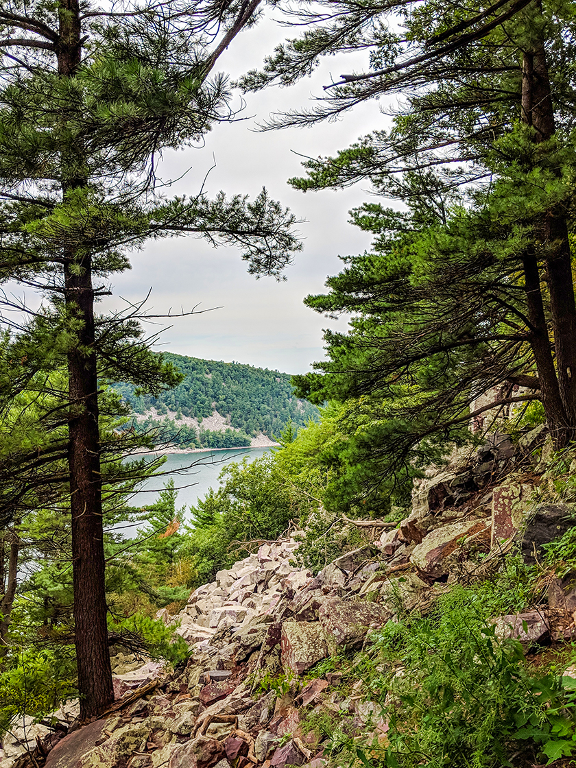 Devils Lake Balanced Rock Trail