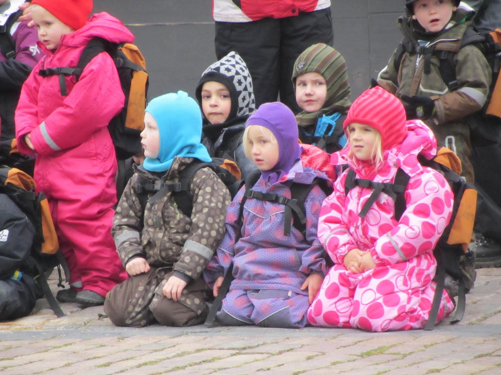 Dreams & Happy Things...: Danish children watching the ...