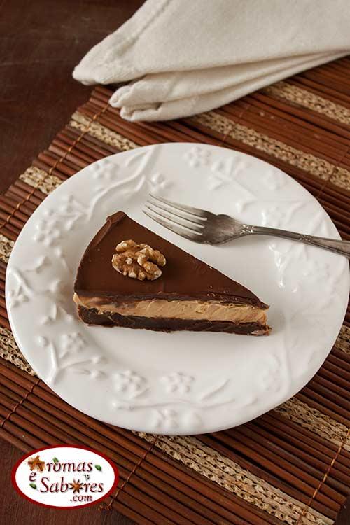 Cheesecake de doce de leite com base de brownie