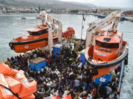 606 African migrants rescued by Italian ships