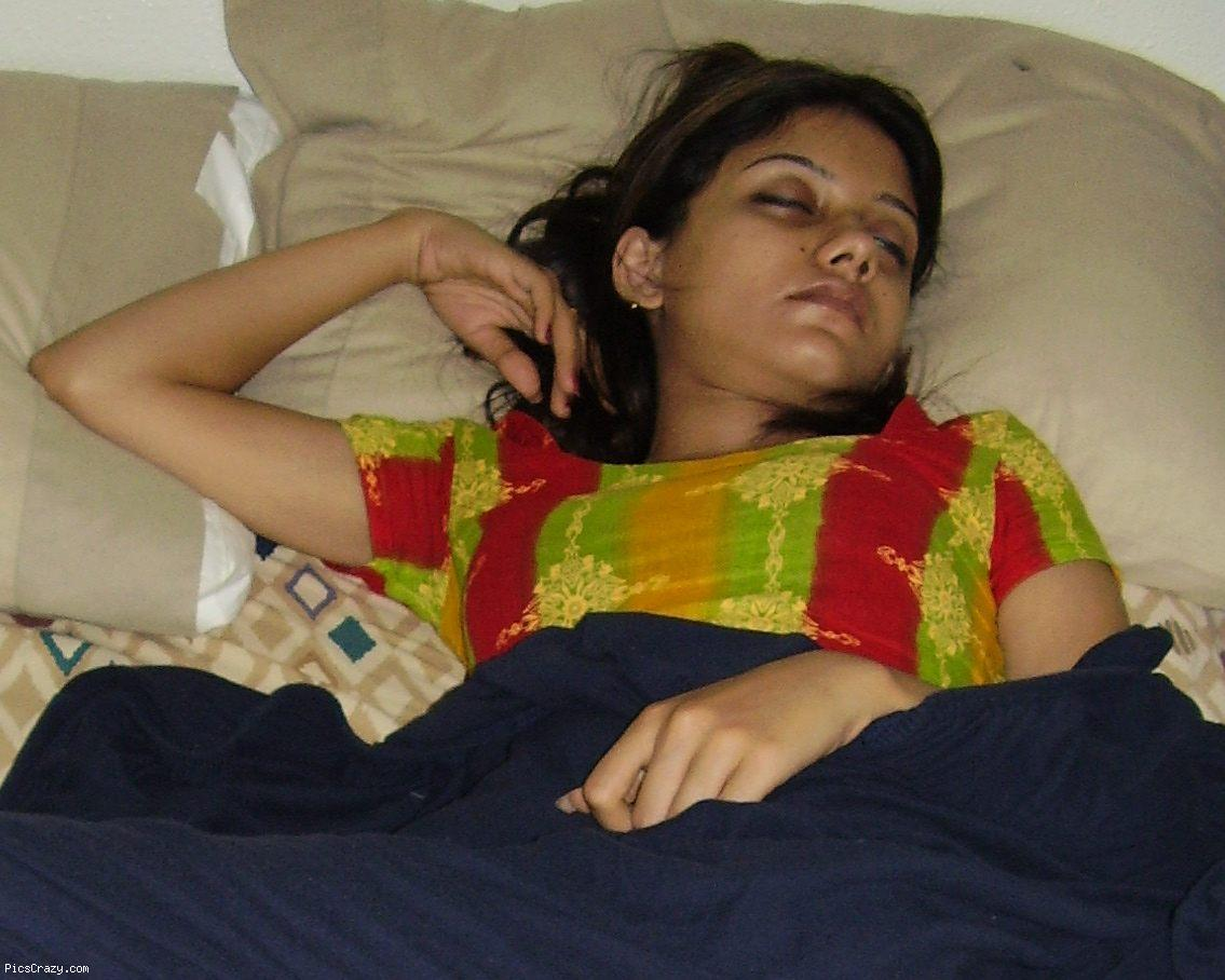 Pakistani Actress Naked Photo