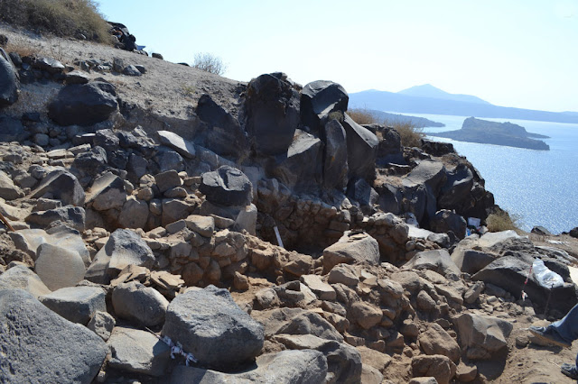 New finds from the Cycladic settlement of Therasia