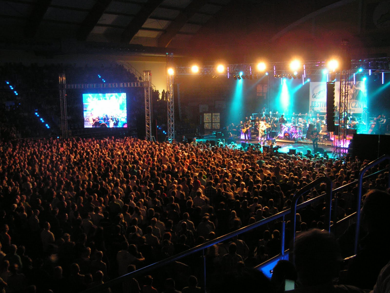 sound space 3000 people and my orchestrations of classic rock songs