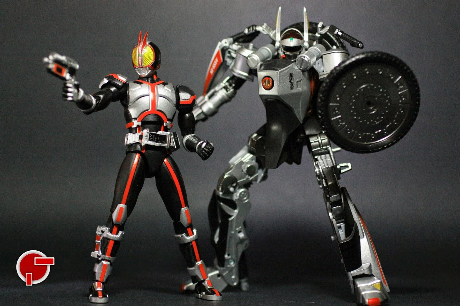 Kamen Rider Faiz Toys 14