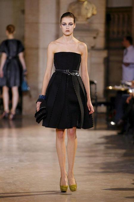 Fashion Room Baroque Clothing Style