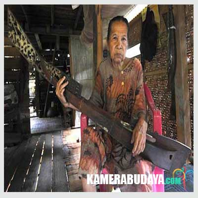 Kecapi Mandar, Alat Musik Tradisional Dari Sulawesi Barat