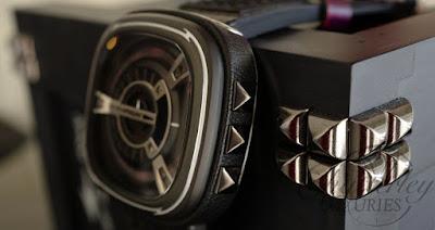 Reloj modelo M1/04 PUNK