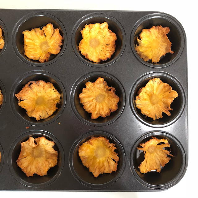 How to make edible pineapple flowers