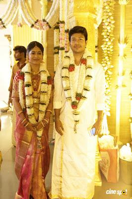 feroz-Vijayalakshmi-wedding-look1