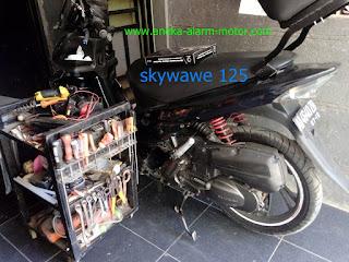 Cara pasang alarm motor pada Skywawe 125