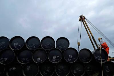 Brasil rejeita proposta saudita para cortar produção de petróleo