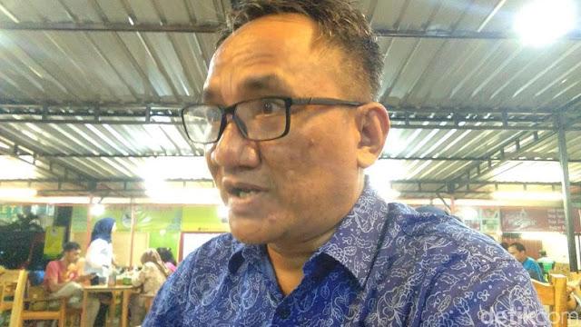 Andi Arief: Rumah Saya Digeruduk Mobil Polda, Mohon Hentikan Pak Presiden!