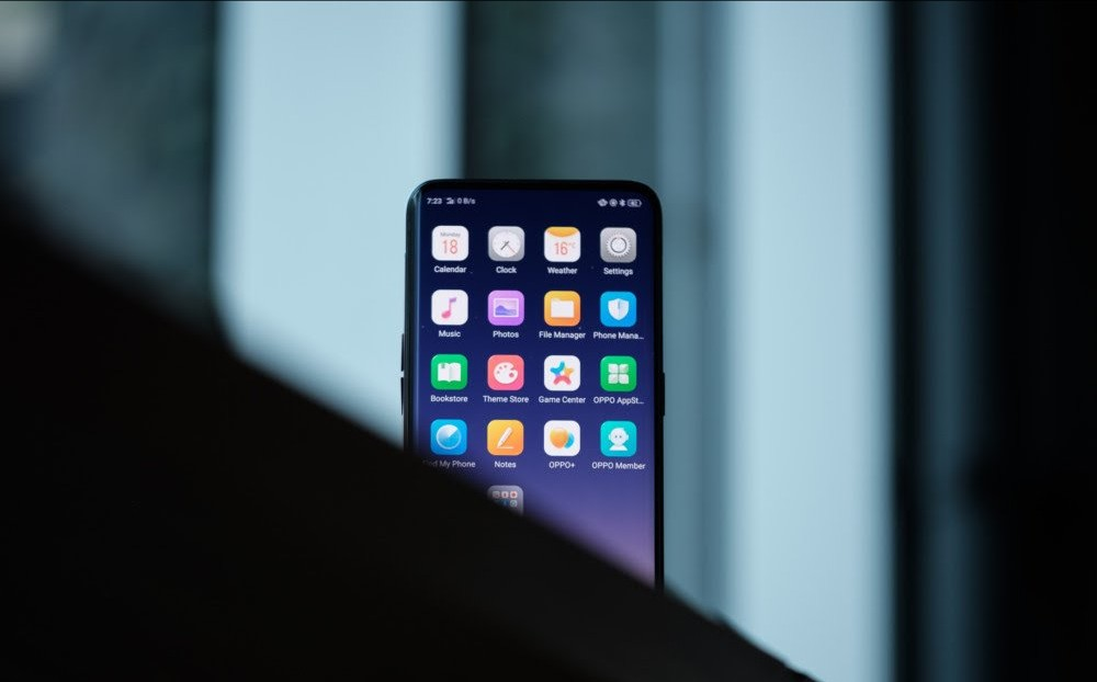 The Oppo Find X smart phone